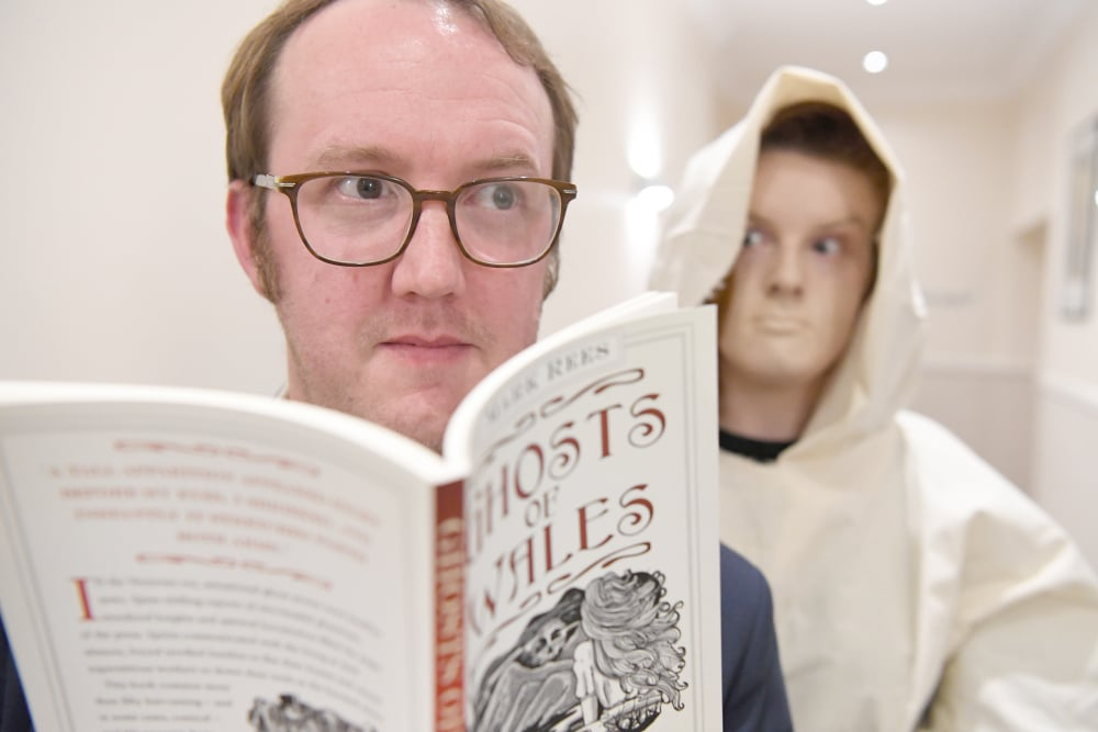 Anyone see a ghost? Author Mark Rees at the Ghosts of Wales preview party during Swansea Fringe Festival. Photo by Gayle Marsh.